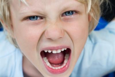 Βοηθώντας τα παιδιά να διαχειριστούν το θυμό τους