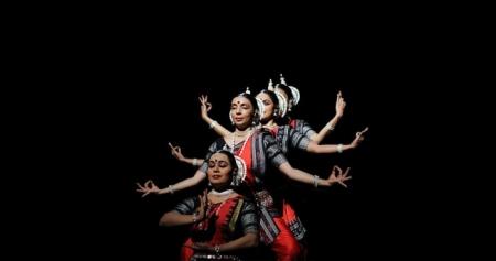 Όσο Ζεις Λάμψε - χοροθεραπεία online | Λήδα Shantala